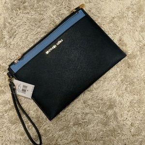 Michael Kors wristlet purse